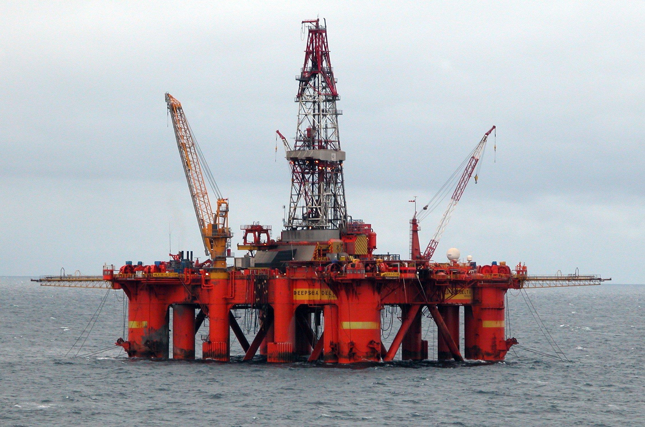 Albero Di Natale Petrolio.Estrazione Petrolio Come Avviene E Quali Sono I Pericoli Per L Ambiente