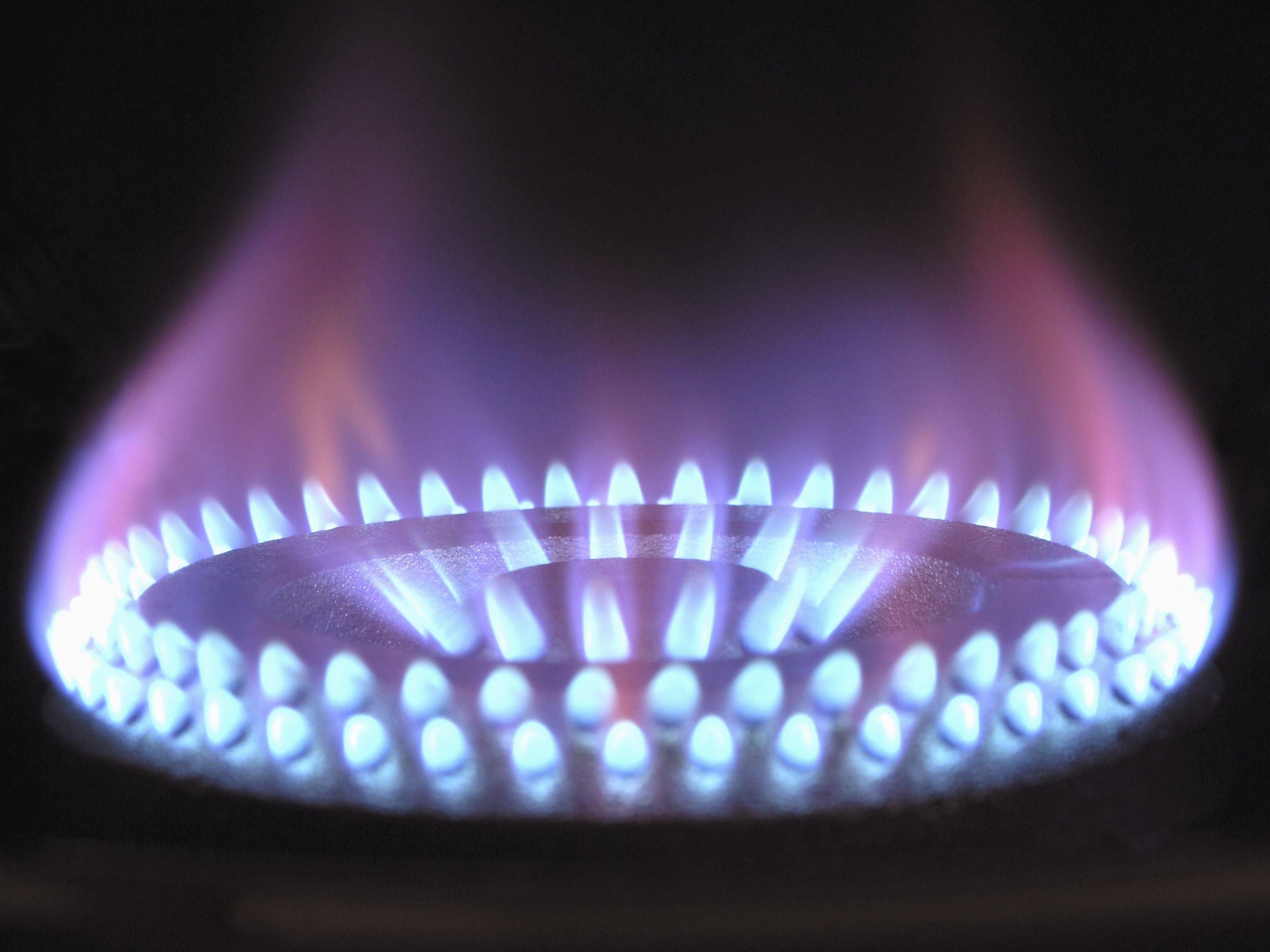 gas naturale cos 39 come viene trasformato e quanto inquina. Black Bedroom Furniture Sets. Home Design Ideas