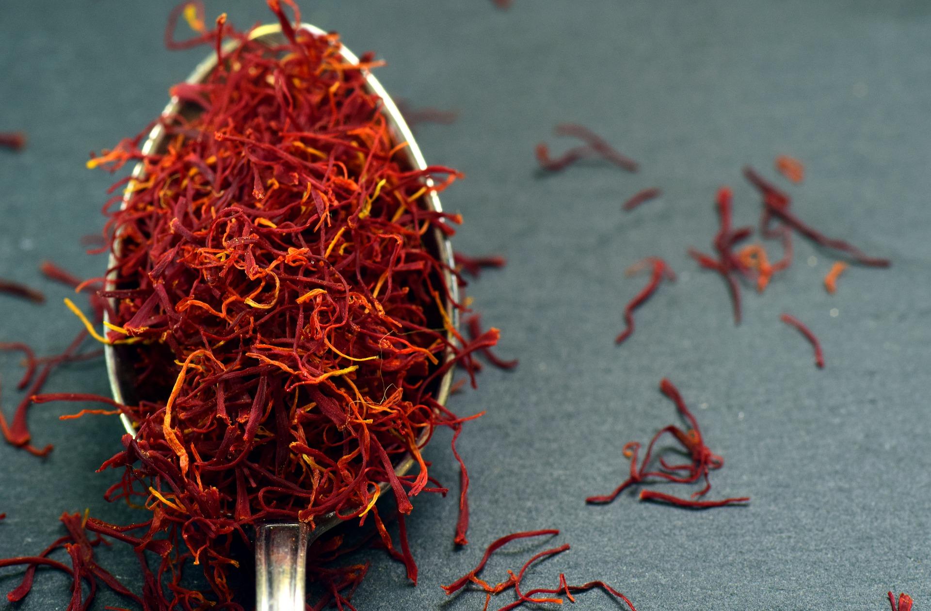 saffron-3291935_1920